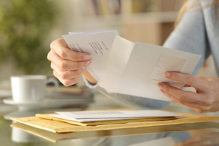内容証明郵便の受け取りを拒否・無視されたらどうすれば良い?